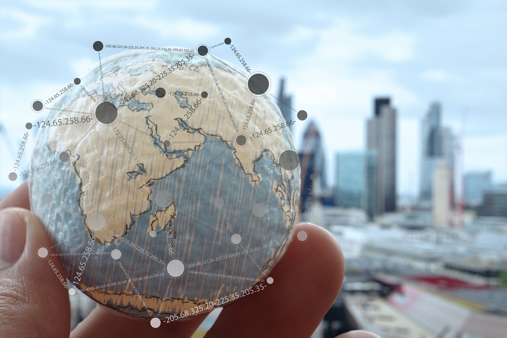 5 reasons you should expand your business overseas now. Yes, really.